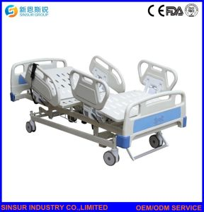 Hospital Furniture Multi-Function Weighing Electric ICU Use Hospital Beds pictures & photos