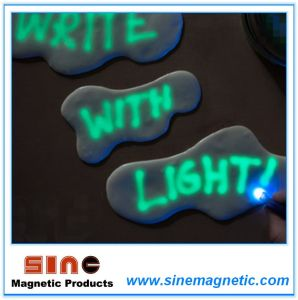 Luminous Magnetic Plasticene Unwinding Toy pictures & photos