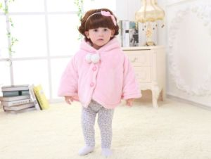 Nature Color Newborn Baby Cloak Clothes with Coral Fleece / Kitty pictures & photos