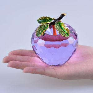 80mm Crystal Apple for Souvenirs Valentine′s Day Gifts pictures & photos