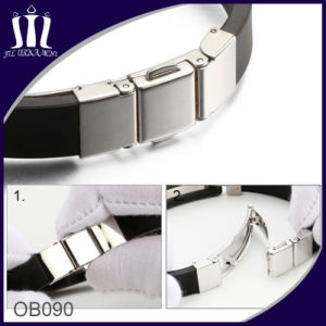 Men′s Watch Buckle Silicone Bracelet pictures & photos
