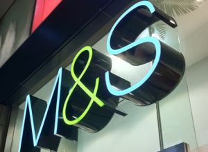 Shop LED Illuminated Acrylic Frontlit Facelit Channel Letters pictures & photos