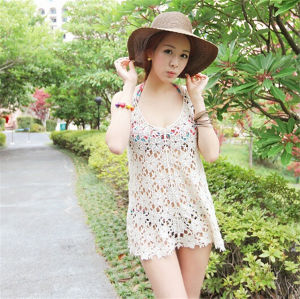 Women Casual Hollow Crochet Bikini Cover up Beach Blouse (50165) pictures & photos
