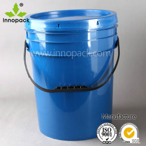 20L and 5 Gallon Plastic Oil Bucket with Spout pictures & photos