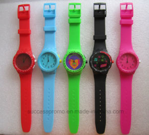 Fashion Silicone Digital Analog Girl′s Watch pictures & photos