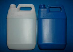 Engine Oil Bottle Mold pictures & photos