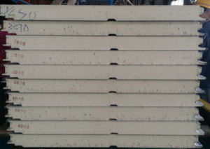 High Insulation Polyurethane Sealed Side Glass Wool Roof/Wall Sandwich Panel pictures & photos