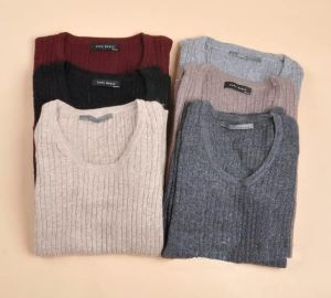 Factory Stock Women Cheap Wool Sweater pictures & photos