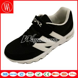 Summer Mesh Children Sports Shoes with Comfort Feeling pictures & photos