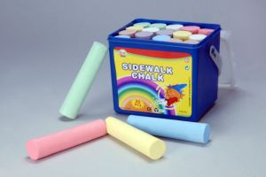 20PCS 10.7cm Sidewalk Chalk with PP Square Bucket pictures & photos