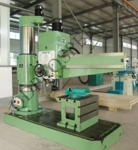 Ce Large Sized Radial Drilling Machine (Z3080 Z30100 Z30125) pictures & photos