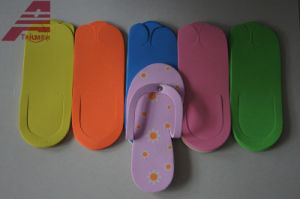 Comfortable EVA Hotel Slippers pictures & photos