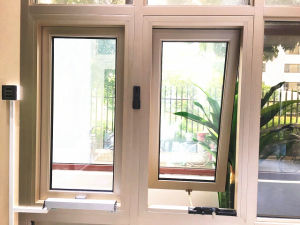 Hand Crank Outward Swing Alumnium Window for House pictures & photos