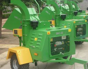 The Most Complete Function Wood Chipper pictures & photos
