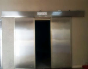 Medical Radiation Protection Electric Double Lead Door Open pictures & photos