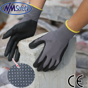 Nmsafety Nylon and Spandex Coated Foam Nitrile Work Gloves with Dots on Palm pictures & photos