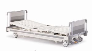 High Quality Moveable Manual Medical Bed with Triple Cranks (XH-C-14) pictures & photos