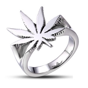High Polished Stainless Steel Metal Maple Leaf Ring pictures & photos