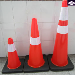 Black Base Flexible PVC Traffic Road Safety Cone pictures & photos
