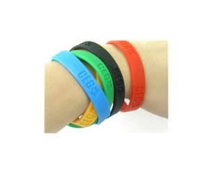 Silicone Bracelet with Silk Screen Printing Logo for Sales pictures & photos