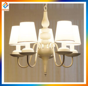 Factory Supplier Crystal Metal Chandelier with Fashion Design Shade pictures & photos