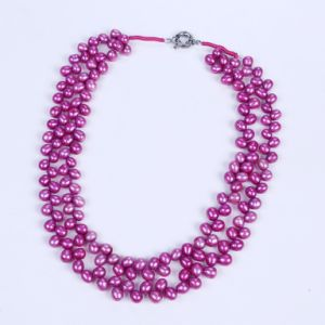 Hot Purple Color 6-7mm Freshwater Pearl Necklace pictures & photos