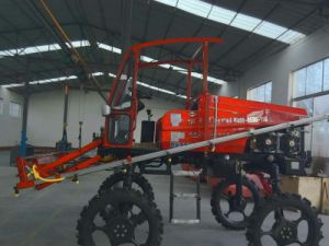 Aidi Brand 4WD Hst Self-Propelled Boom Sprayer for Amphibious Vehicle pictures & photos