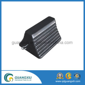 Black Color Rubber Wheel Chock pictures & photos
