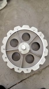 All Kinds of High Quality Wheels in Slaughtering Machine Line pictures & photos