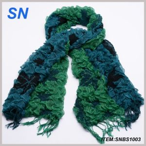Green Ruffle Bubble Winter Warm Scarf pictures & photos