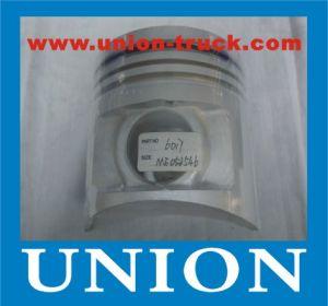 YUCHAI Engine Parts YC6112ZQ Piston pictures & photos
