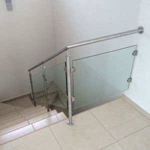 Stainless Steel Glass Balustrade Glass Railing (PR-10) pictures & photos