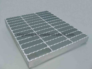 Serrated Shape Steel Grating in Parking Lot pictures & photos