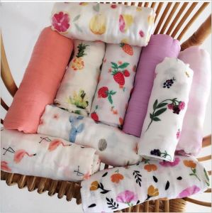 Newborn Baby Muslin Blanket with Pretty Printing pictures & photos