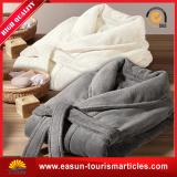 Cheap White Plain Cotton Hotel Bathrobe pictures & photos