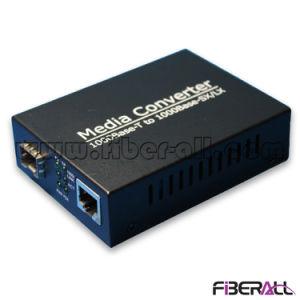 1000m SFP Fiber Optical Media Converter 1.25g LC Sm 80km pictures & photos