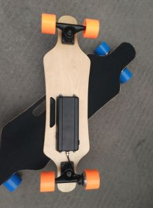 4 Wheels Electric Longboard for Adults pictures & photos