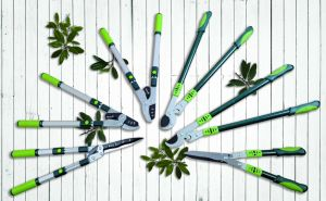 Garden Tools Telescopic Hedge Shears Hand Tools Gardening pictures & photos