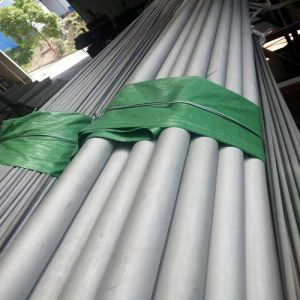 ASTM A312, TP304, 316L Stainless Seamless Steel Pipe for Oil&Gas pictures & photos