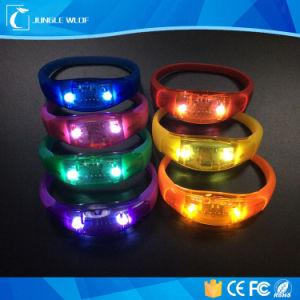 2017 Hot Sell LED Flashing Custom Party Logo LED Bracelet pictures & photos