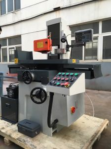 M1022 Manual Precision Surface Grinding Machine with CE Standard pictures & photos