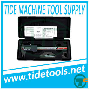 Inch/Metric IP54 Water-Resistant Digital Calipers 150/200/300mm pictures & photos