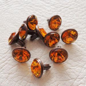 Hot Sale Colorful Rhinestone Rivet/Decorative Diamond Metal Rivet for Dress pictures & photos