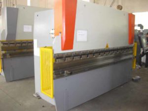 Nc Press Brake (WC67K 63T2500 with DA41) pictures & photos