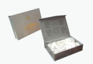 High Quality Book Shape Paper Gift Box (YY-G0102) pictures & photos