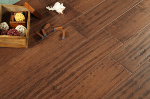 Hot Selling Acer Engineered Flooring for House pictures & photos