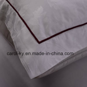 Jacquard 5 Star Hotel Bed Linen with Embroidery Line pictures & photos