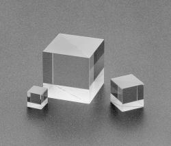 Broadband Polarizing Cube Beamsplitters pictures & photos