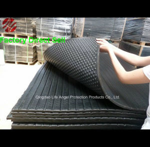 High Tensile Strength Round Stud Cow Rubber Mats pictures & photos
