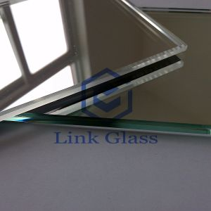 4mm Low Iron Tempered Float/Patterned Glass for Greenhouse with Ce pictures & photos